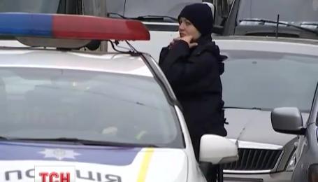 У Львові анонім зранку повідомив поліції про вибухівку у 10 закладах