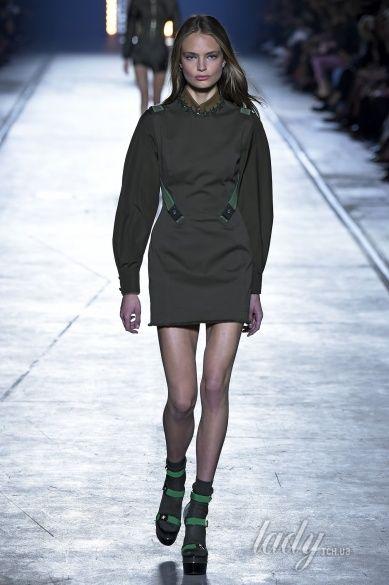 Versace прет-а-порте сезона весна-лето 2106_5