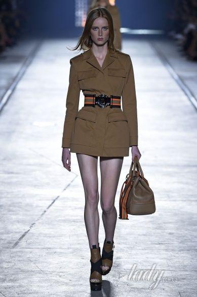 Versace прет-а-порте сезона весна-лето 2106_2