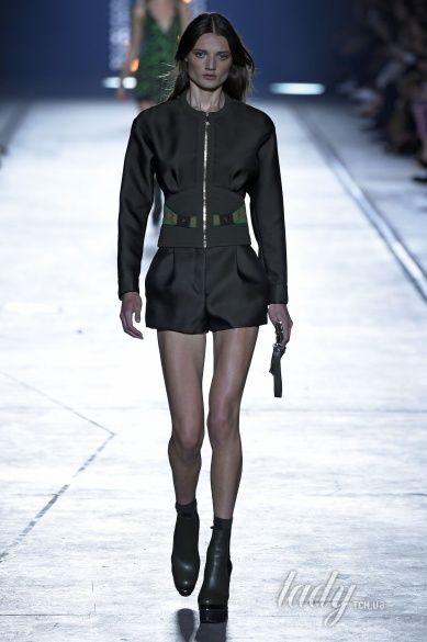 Versace прет-а-порте сезона весна-лето 2106_6