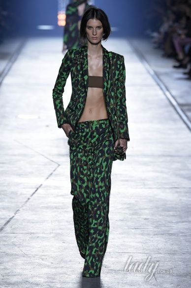 Versace прет-а-порте сезона весна-лето 2106_12