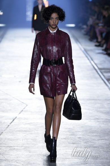 Versace прет-а-порте сезона весна-лето 2106_22