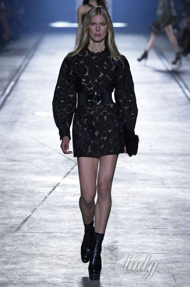 Versace прет-а-порте сезона весна-лето 2106_27