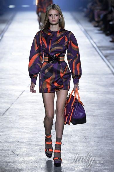 Versace прет-а-порте сезона весна-лето 2106_37