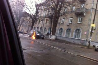 Авто відомого адвоката Федура зайнялось після вибуху