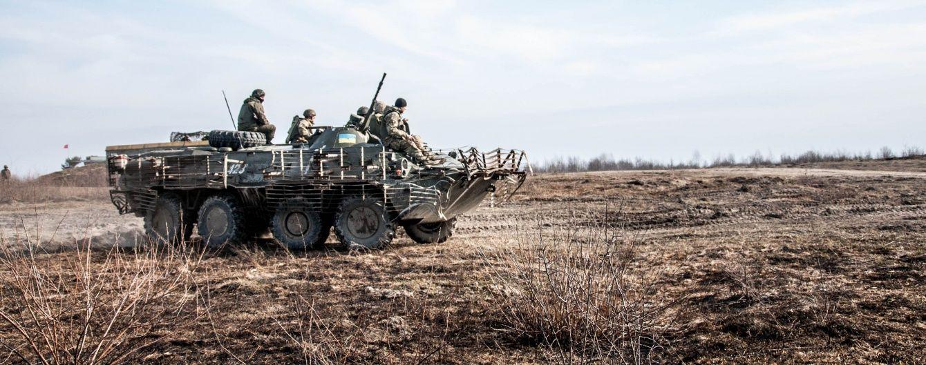 Ситуація на Донбасі напружена, бойовики 54 рази обстріляли позиції сил АТО