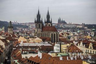 У Чехії викрили росіян, які назаконно видавали дозволи на проживання і заробили на цьому мільйони