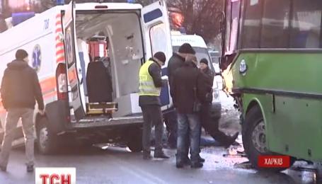 Фельдшер бригады скорой помощи, которая попала в ДТП в Харькове, жив