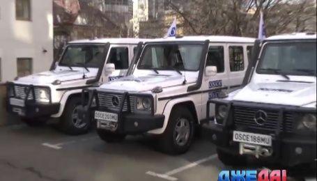 Миссия ОБСЕ получила 20 бронированных «Гелендвагенов»