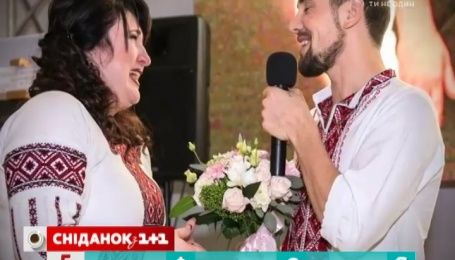 На відкритті виставки «Переможці» учасник АТО освідчився своїй коханій