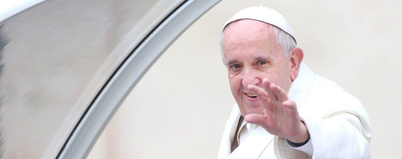 Папа Римский беспокоится за войну на Донбассе
