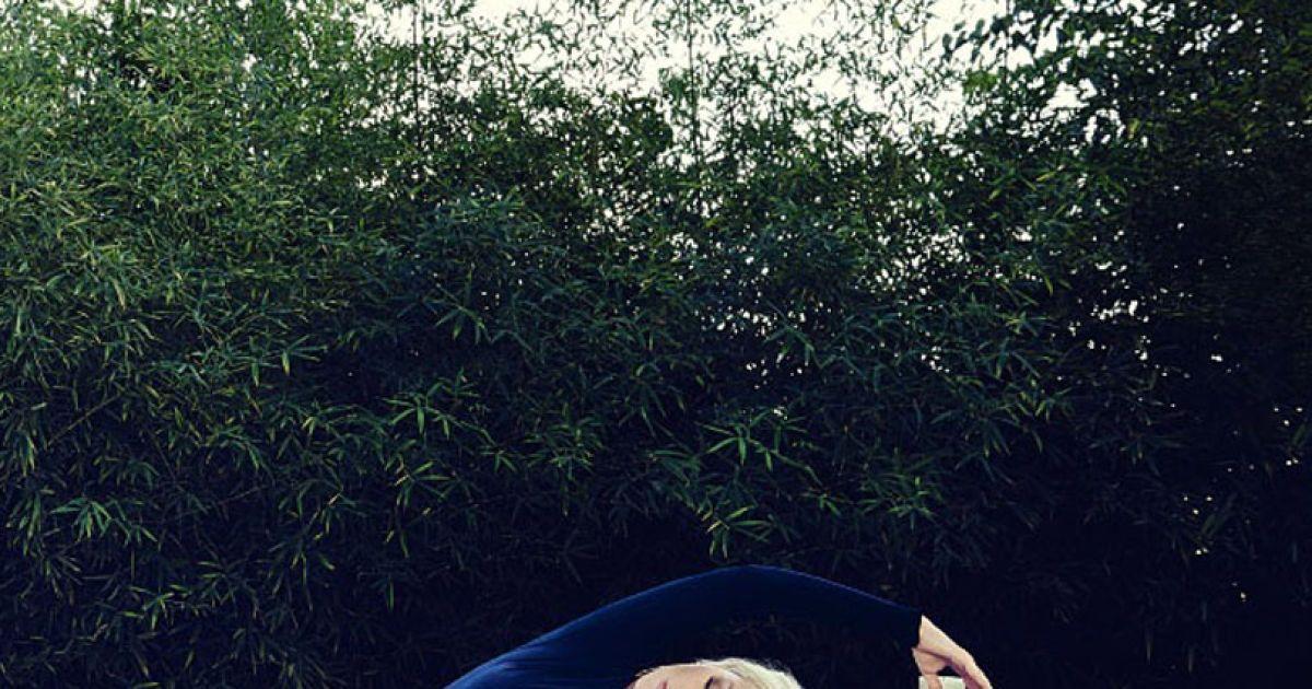 Агілера знялася у новому фотосеті @ Women's Health