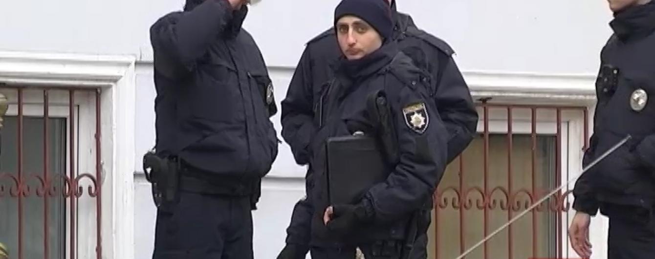 Очевидці розповіли подробиці нічної бійки таксистів і поліцейських в Одесі