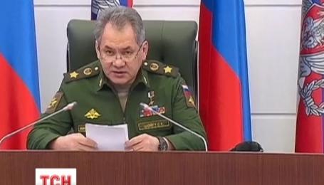 Российские военные бряцают оружием вдоль всей границы с Украиной