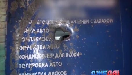 Неизвестные расстреляли из гранатомета СТО