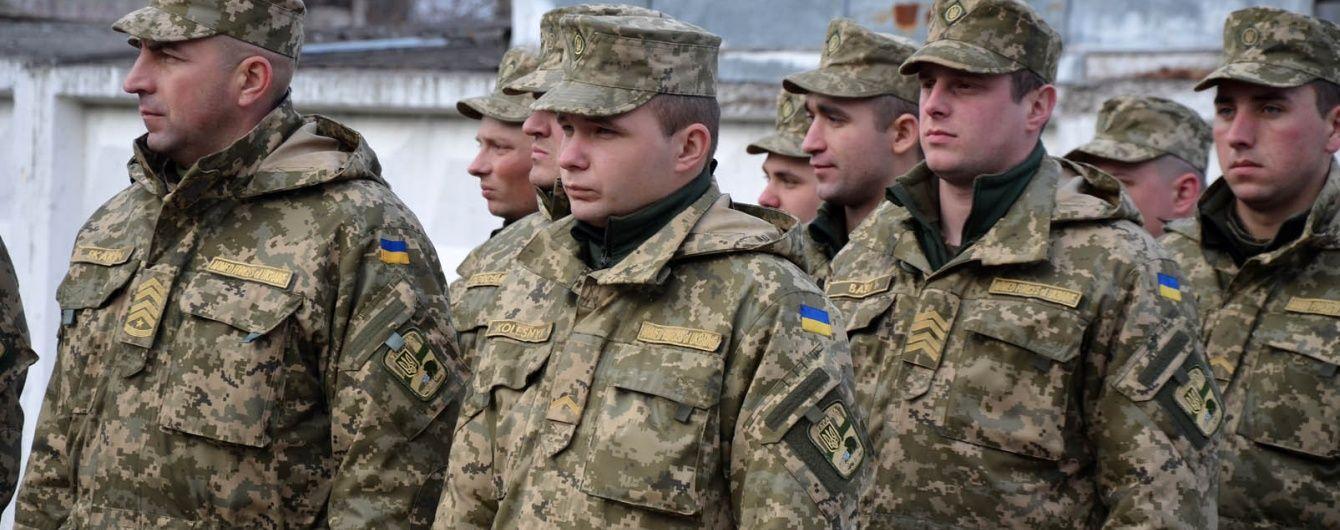 Українська армія цьогоріч розраховує на 14 тисяч контрактників