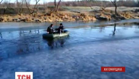 На Житомирщине под лед провалился 8-летний мальчик