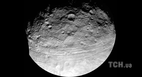 Японія скинула бомбу на астероїд Рюгу