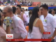 На Філіппінах одночасно побралися 350 пар