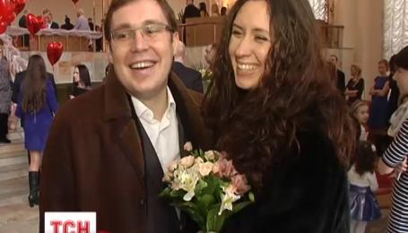 В День Святого Валентина столица пережила свадебный бум