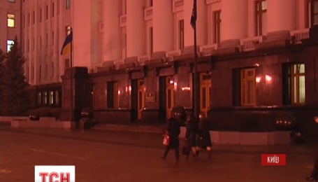 На Банковой проходит встреча президентской фракции с Петром Порошенко