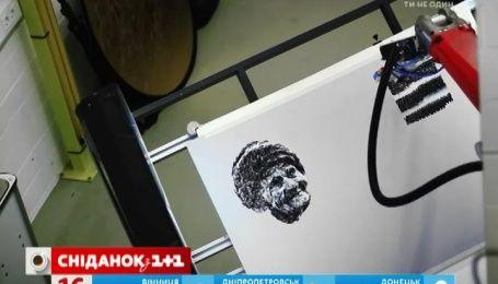 Викладачі з Німеччини перетворили зварювального робота на майстерного художника