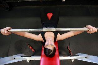 Почему не удается построить красивое тело в спортзале