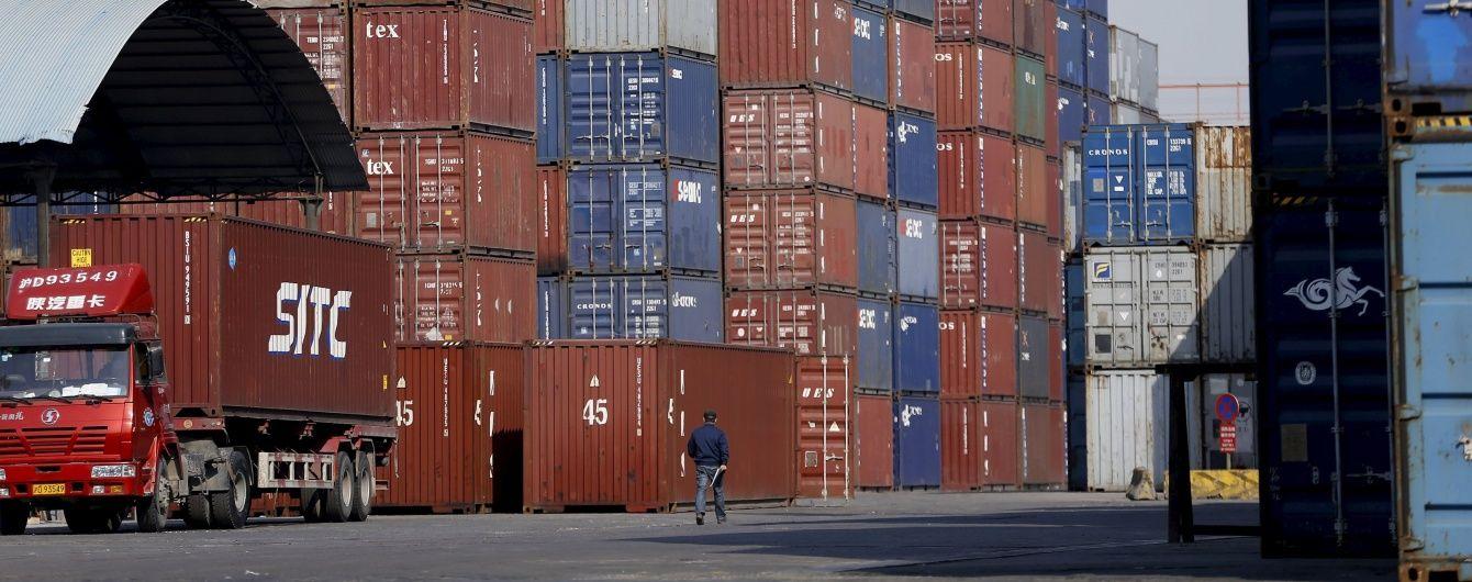 В Одесі затримали екс-митника, якого підозрюють у викраденні 37 контейнерів з арештованими товарами