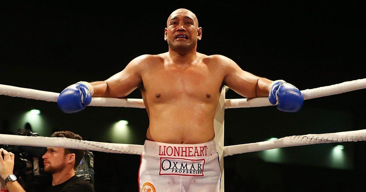 Колишній суперник Кличка оголосив про завершення кар'єри боксера
