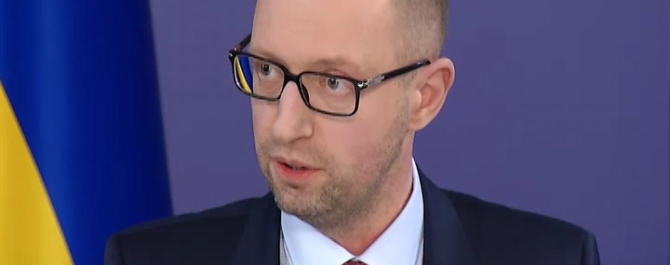Яценюк переконує, що після його Кабміну олігархів не залишилося