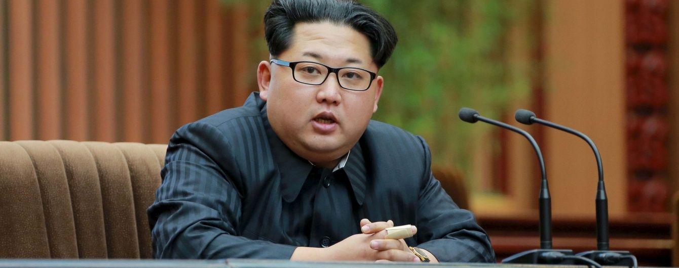 ЗМІ розказали, чому зустріч з Трампом лякає Кім Чен Ина