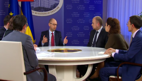 """Яценюк считает, что """"радикалов"""" надо вернуть в коалицию"""
