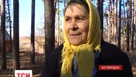 На Житомирщине в лесу заблудилась бабушка