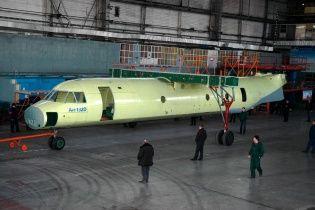 Порошенко торжественно представляет новый украинский самолет Ан-132D. Онлайн-трансляция