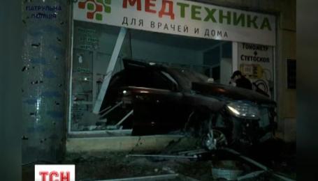 В Одесі розслідують обставини видовищної нічної аварії