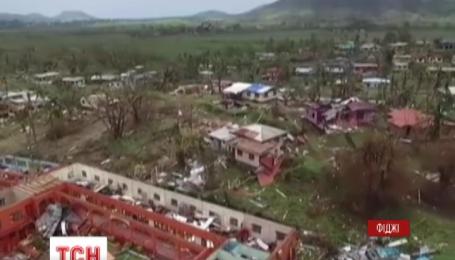 На Фиджи обрушился самый мощный циклон за всю историю архипелага