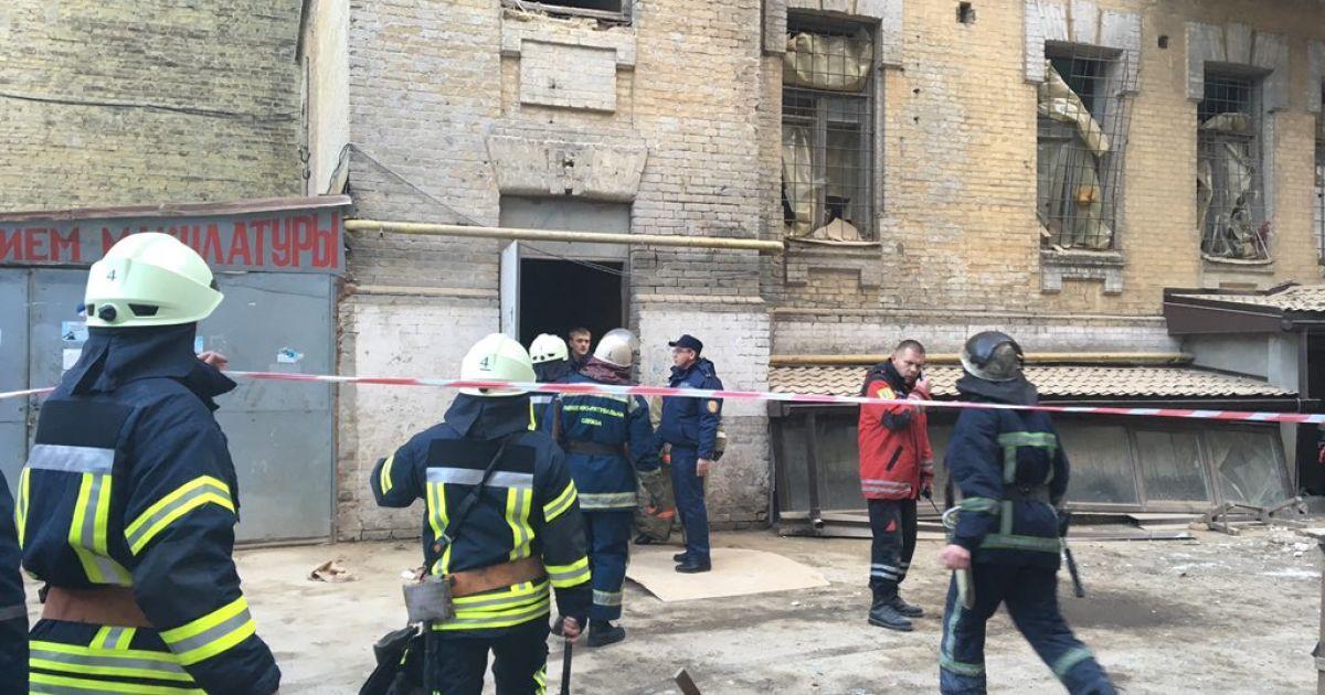 На Богдана Хмельницького обвалилось кілька поверхів відселеного будинку