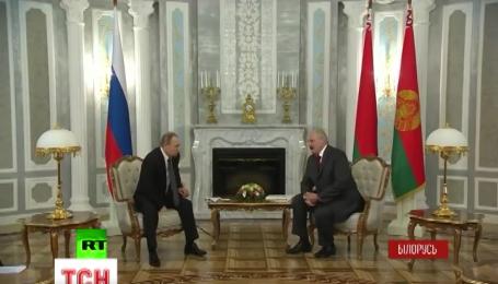 Очільник Білорусі переплутав Путіна з Медведєвим