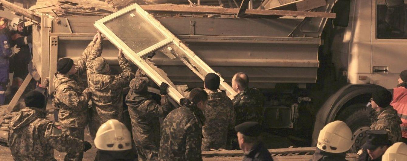 Дружина екс-міністра назвала замовника робіт у трагічному будинку на Хмельницького