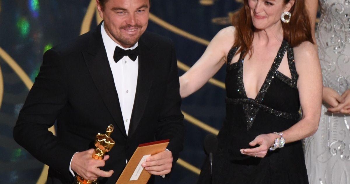 Ді Капріо радісно фотографувався із «Оскаром» @ East News
