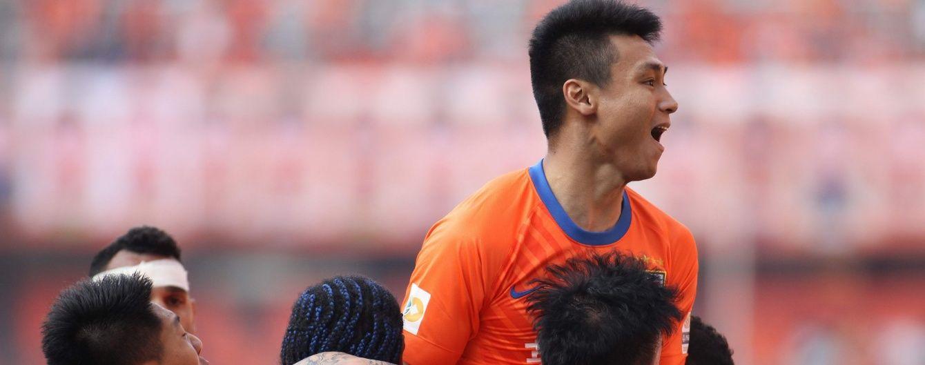 """Китайський футболіст забив неймовірний гол """"шведою"""" в азіатській Лізі чемпіонів"""