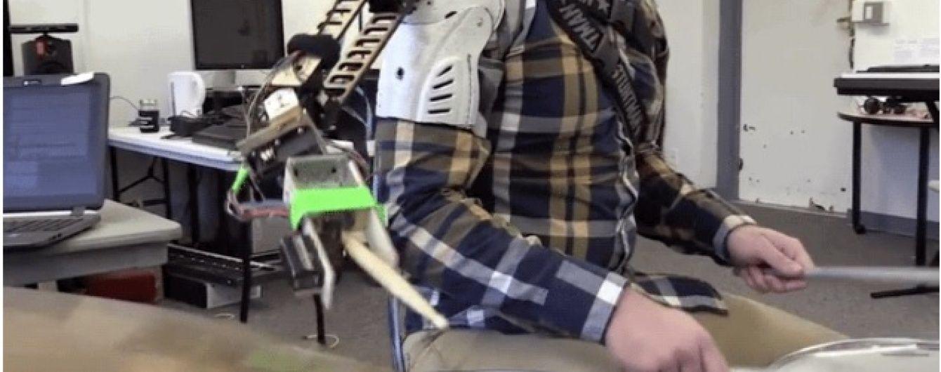 Розумна кінцівка. У США створили роботизовану руку для музикантів