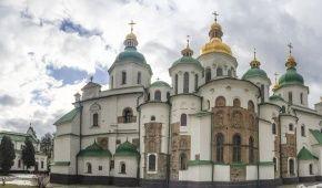 """Софию Киевскую активно """"вылизывают"""" перед историческим собором Поместной церкви"""