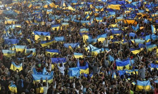 Українці розповіли, чого бракує та що загрожує країні - опитування