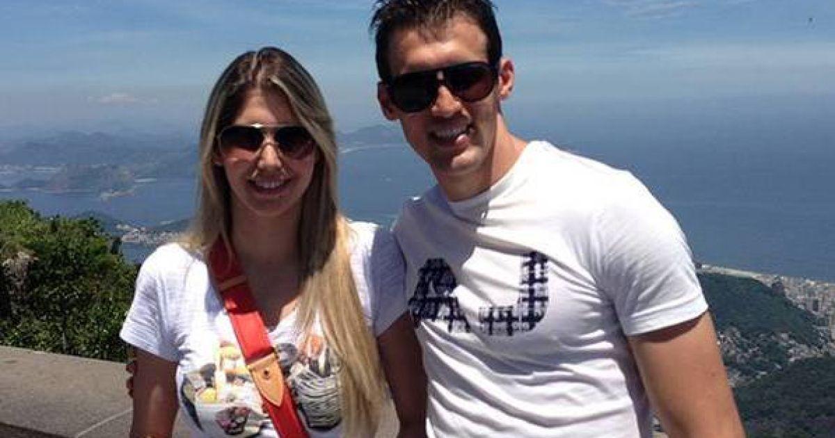 Даніло Сільва з дружиною Бруною. @ facebook.com/fcdynamoua