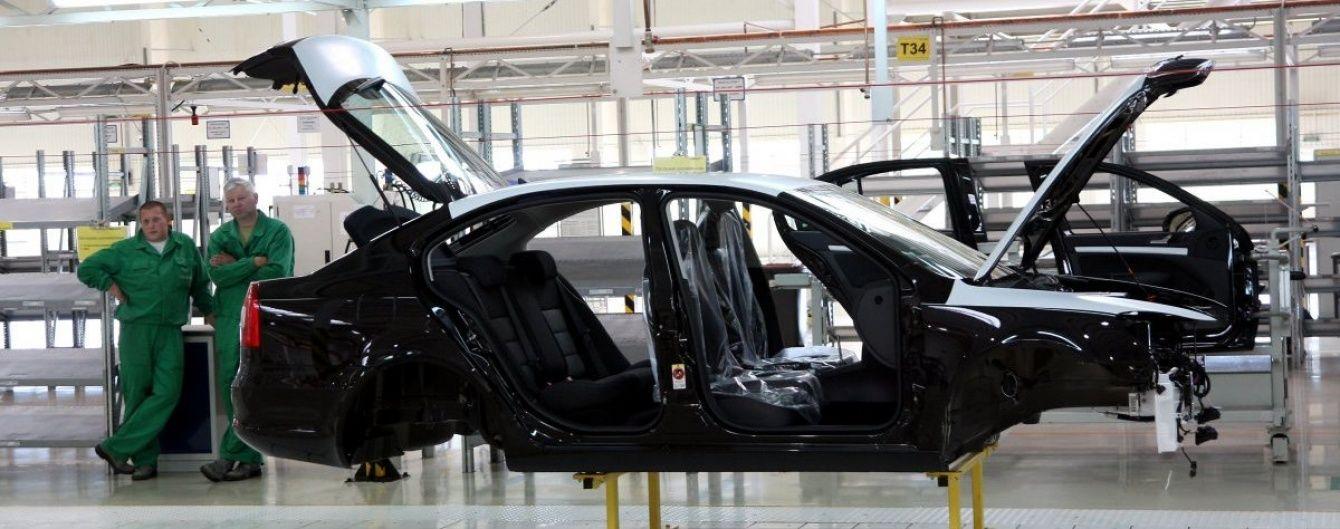 Від початку року в Україні не виготовили й півтисячі нових автомобілів