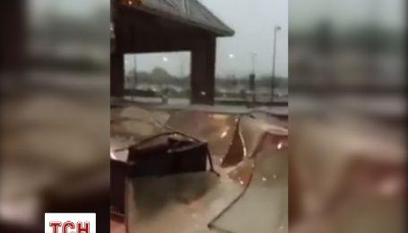 На столицю ОАЕ обрушився сильний ураган