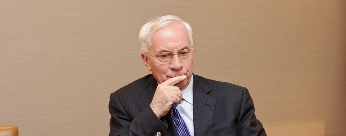 Азаров назвал политическим решение британского суда о кредите РФ для Украины