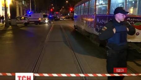 В Одессе трое вооруженных грабителей захватили инкассаторскую машину