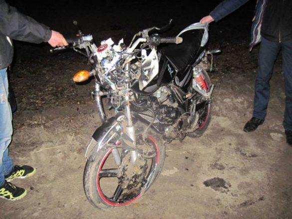 На Надвірнянщині 18-річний мотоцикліст врізався у огорожу. Неповнолітня пасажирка отримала тілесні ушкодження